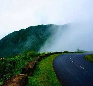 Exclusive Manali Kullu Tour Package By Volvo
