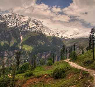 Manali Shimla Honeymoon Package by Volvo