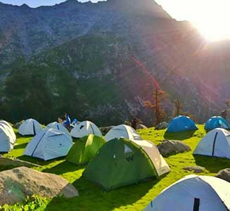 Special Kullu Manali Honeymoon Package by car